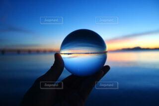 逆さまの世界の写真・画像素材[4939852]