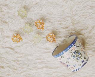 白と黄色の米の写真・画像素材[1252312]