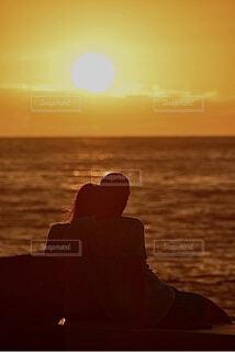 夕陽の恋人の写真・画像素材[4955364]
