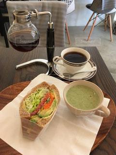 カフェ,コーヒー,ランチ,サンドイッチ,横浜,サイフォン,凪コーヒー