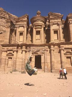 絶景,ジャンプ,旅行,遺跡,海外旅行,ヨルダン,ペトラ遺跡