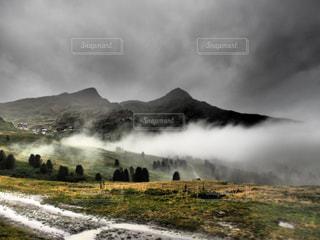 自然,空,雨,霧,山,スイス,海外旅行