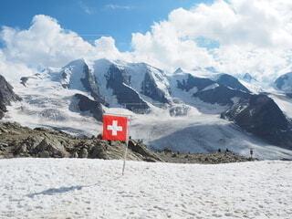 雪に覆われた山の写真・画像素材[4165628]