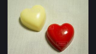 赤,白,紅白,ハート,チョコレート,バレンタイン,ホワイトチョコ