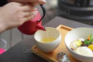ぜんざいとお茶の写真・画像素材[3874053]