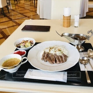 ホテルで食事の写真・画像素材[3916609]