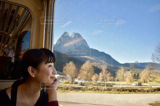 女性,自然,空,青,元気,未来,ドイツ,鉄道,若い,夢,ダンサー,可能性