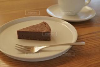 ケーキ,コーヒー,机,珈琲,喫茶店,ガトーショコラ,チョコ,木目,ショコラ,ミルククラシックショコラ