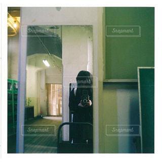 女性の写真・画像素材[659989]