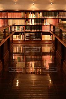 本棚の部屋の写真・画像素材[751800]