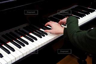 ピアノの鍵盤の写真・画像素材[807985]