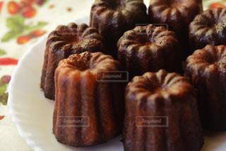 皿の上のケーキの一部の写真・画像素材[851822]