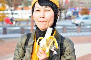 女性,黄色,フルーツ,朝ごはん,ポートレート,バナナ
