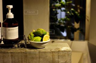 屋内,フルーツ,レモン,ボトル,お風呂,浴室,シャンプー,檸檬,リンス,ボディソープ