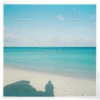 海の横にあるビーチ - No.903520