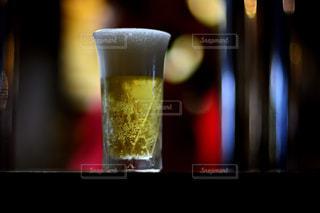 ガラス マグカップの写真・画像素材[915977]