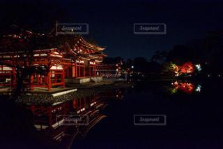 夜の街の景色の写真・画像素材[916246]