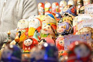 ショップ,冬,夜,カラフル,暗い,鮮やか,光,人物,人,クリスマス,ドイツ,マーケット,装飾,複数