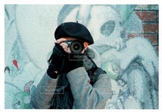 マスクを身に着けている人 - No.1022161