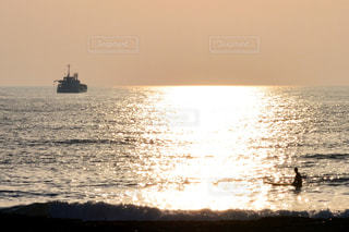 水体の大型船 - No.1228251