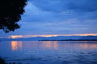 水の大きな体の写真・画像素材[1232094]