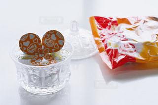 カップのように作られたケーキの写真・画像素材[1259838]