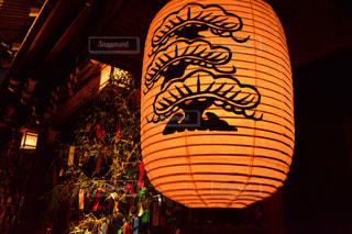 夜はライトアップ ランプの写真・画像素材[1296257]