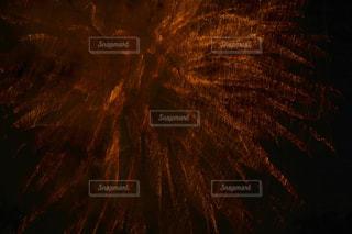 空に花火の写真・画像素材[1328157]