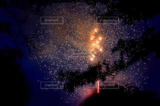 夜空の花火の写真・画像素材[1450343]