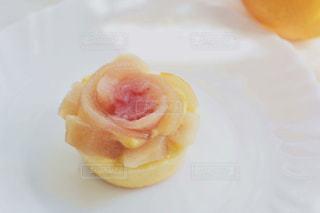 皿にデザートの写真・画像素材[1479009]