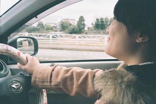 男の車の運転の写真・画像素材[1798157]