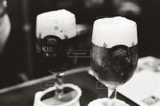ワイングラスのクローズアップの写真・画像素材[2497034]