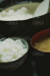 食べ物のボウルの写真・画像素材[2508378]