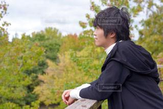スーツとネクタイを着た男の写真・画像素材[3148688]