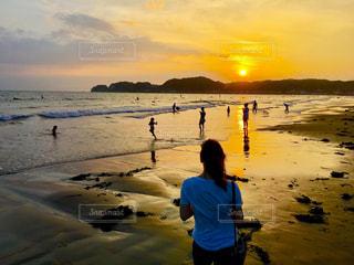海,夕日,海辺,撮影,鮮やか,写真,後ろ髪