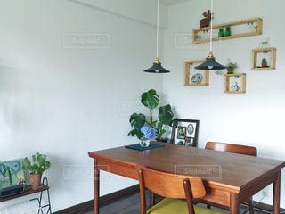 インテリア,椅子,テーブル,紫陽花,ダイニング,観葉植物,グリーン,北欧,アジサイ