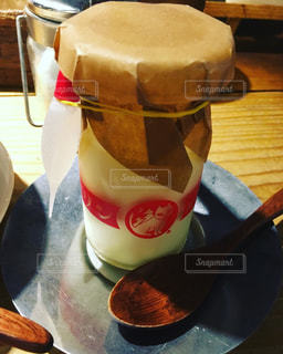 テーブルの上のコーヒー カップ - No.782836