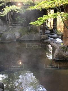 大きな滝と水のプールの写真・画像素材[763837]