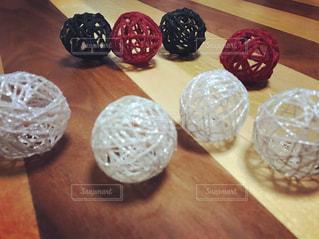 赤,白,DIY,毛糸,ボール,工作,飾り,コットンボール