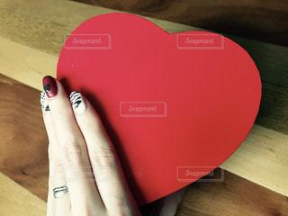 バレンタインにチョコレートネイルの写真・画像素材[1746440]