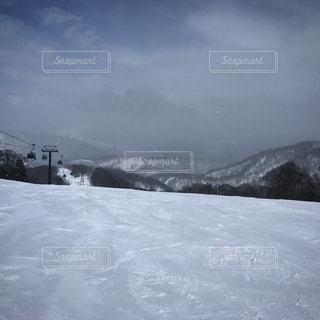 雪に覆われた山 - No.958857