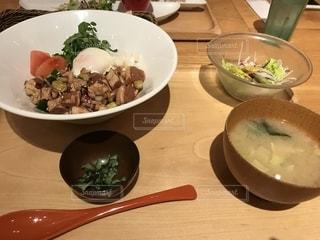 ポキ丼の写真・画像素材[1147647]