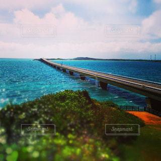 青い海と空の写真・画像素材[1347382]
