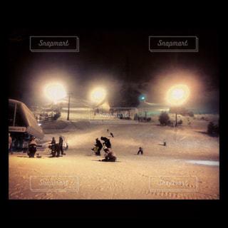 夜,雪,屋外,雪山,山,照明,スキー,日本,スノボ,ゲレンデ,ナイター,リフト,インスタ