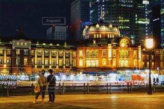 東京駅のライトアップの写真・画像素材[1681850]