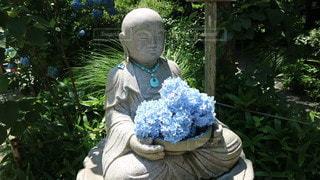 お地蔵様と紫陽花の写真・画像素材[3402779]