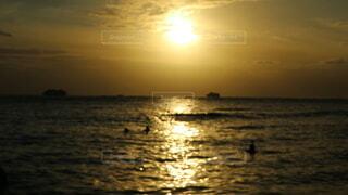 自然,風景,海,空,夕日,屋外,湖,太陽,朝日,ビーチ,雲,夕暮れ,水面,海岸,光,正月,お正月,ハワイ,夕陽,日の出,新年,初日の出