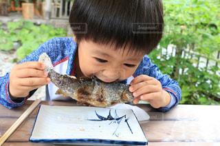 自然,夏,川,子供,釣り,おいしい,塩焼き,ニジマス,いただきます