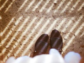 地面に靴のグループの写真・画像素材[4417740]