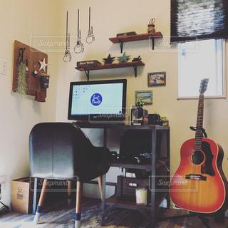 インテリア,室内,ギター,パソコン,ウォールステッカー,勉強机,ギブソン,unico,j-45